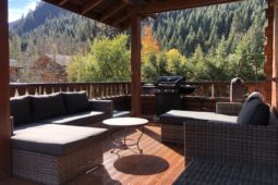 relaxing outdoor balcony for apres ski drinks